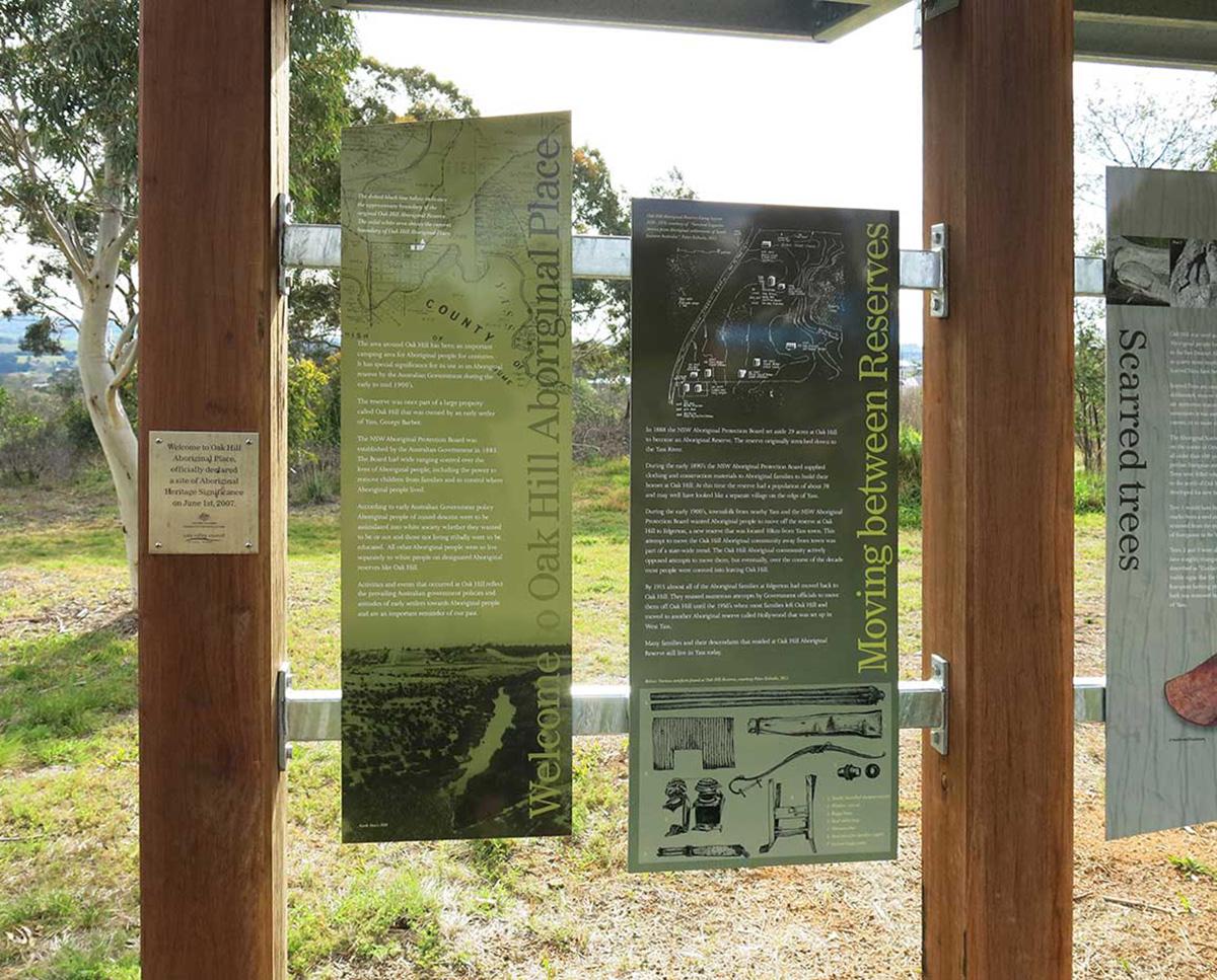 yass-oakhill-signage-panels1200